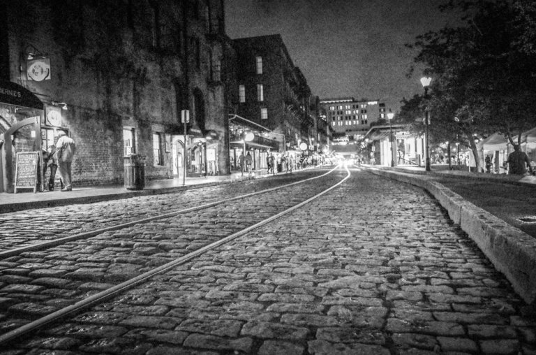 Savannah's nightlife (sans ghosts...)